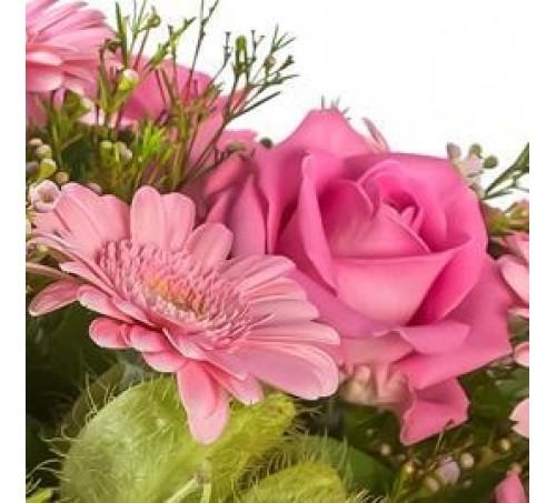 Roze tinten rouwwerk